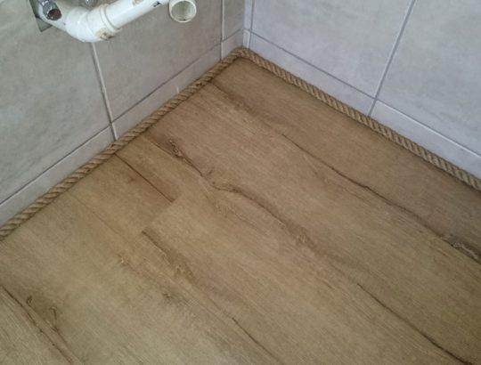 bathroom-edge-wood-flooring-finished-cape-town