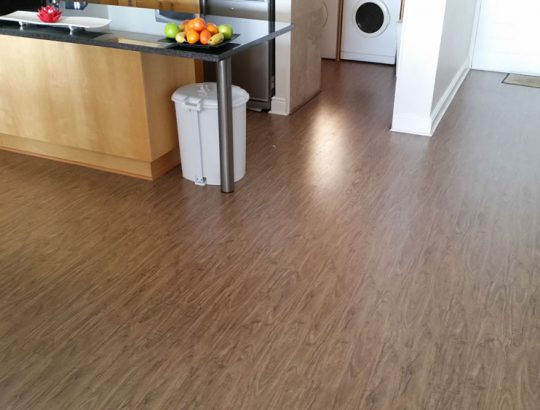 full-kitchen-laminate-flooring-cape-town