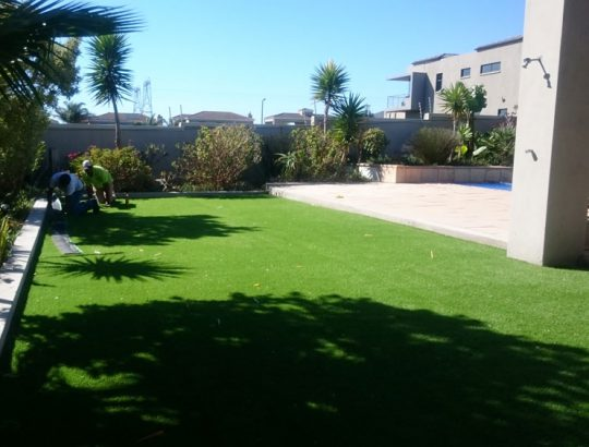 grass-turf-installation-cape-town-residence