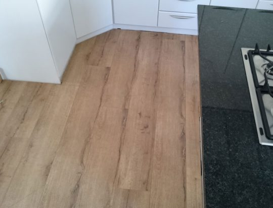 kitchen-quality-wood-flooring-sunnindale-cape-town