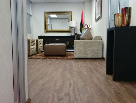 laminate-flooring-office-space-cape-town