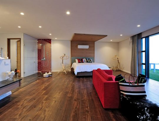 sea-star-rocks-camps-bay-room-wood-flooring